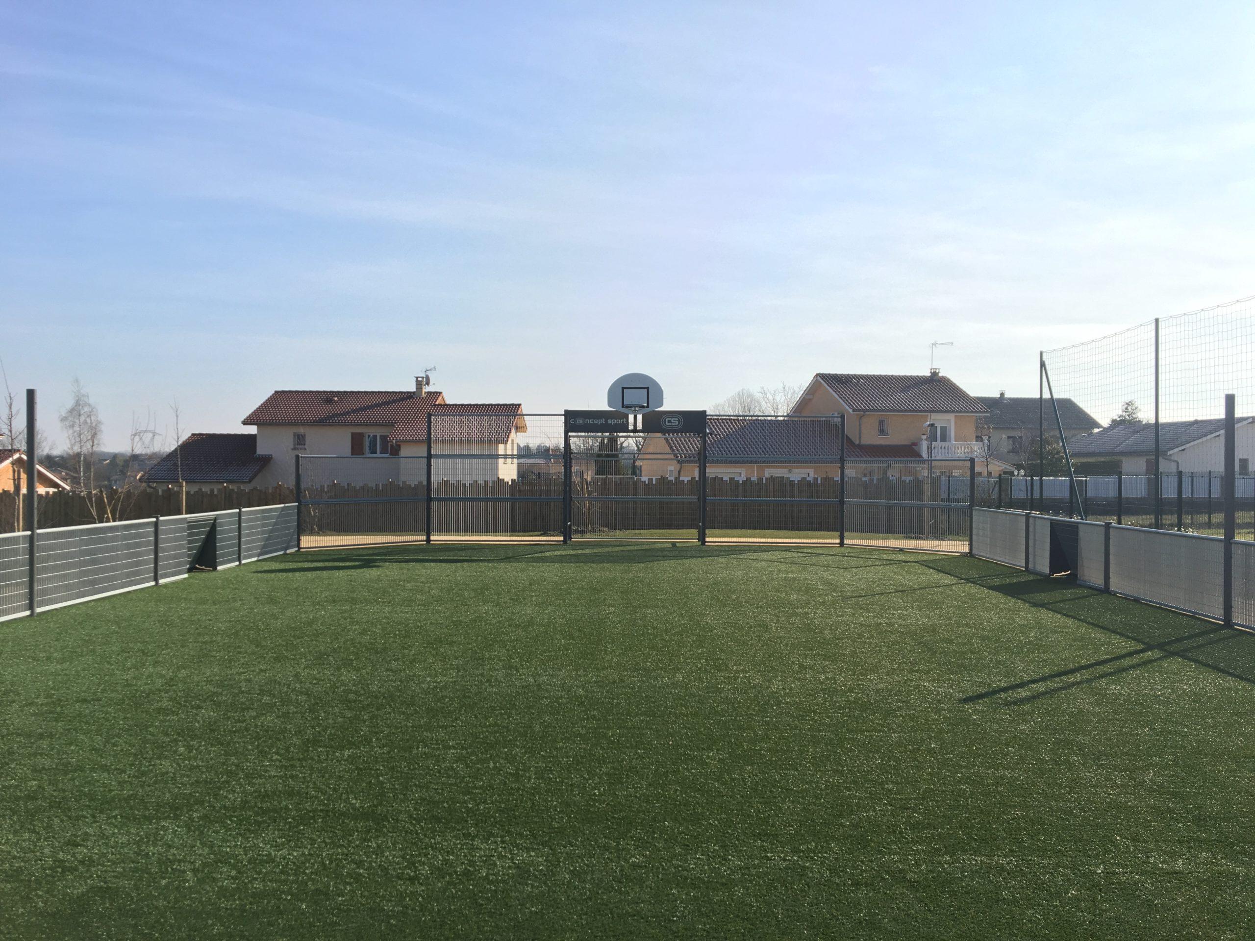 Terrain multisports - Valencin